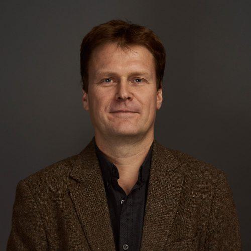 Roderick Binns